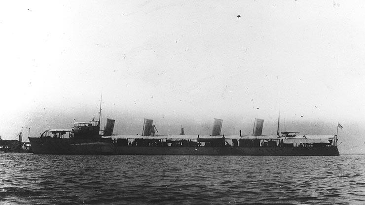 USS Bainbridge DD-1 1900