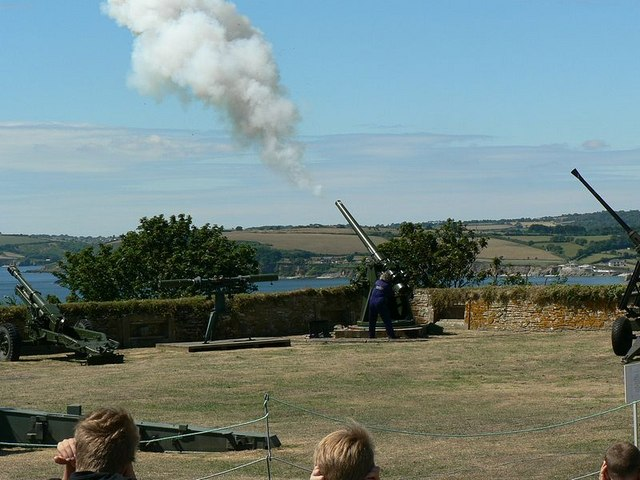 West Bastion, Pendennis. Firing the noon gun. - geograph.org.uk - 224103