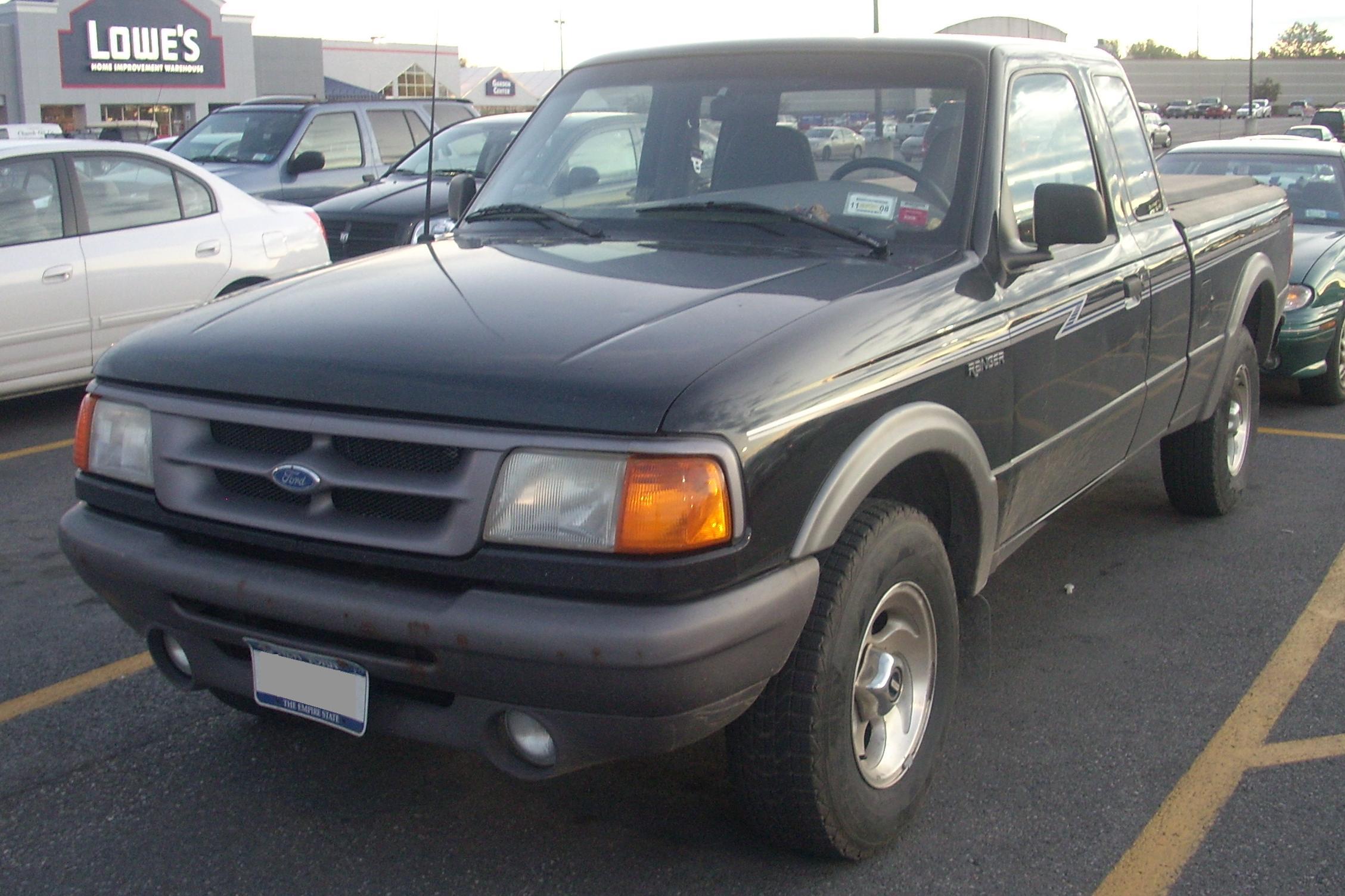 New Ford Ranger Usa >> File:'95-'97 Ford Ranger Ext. Cab.JPG - Wikimedia Commons