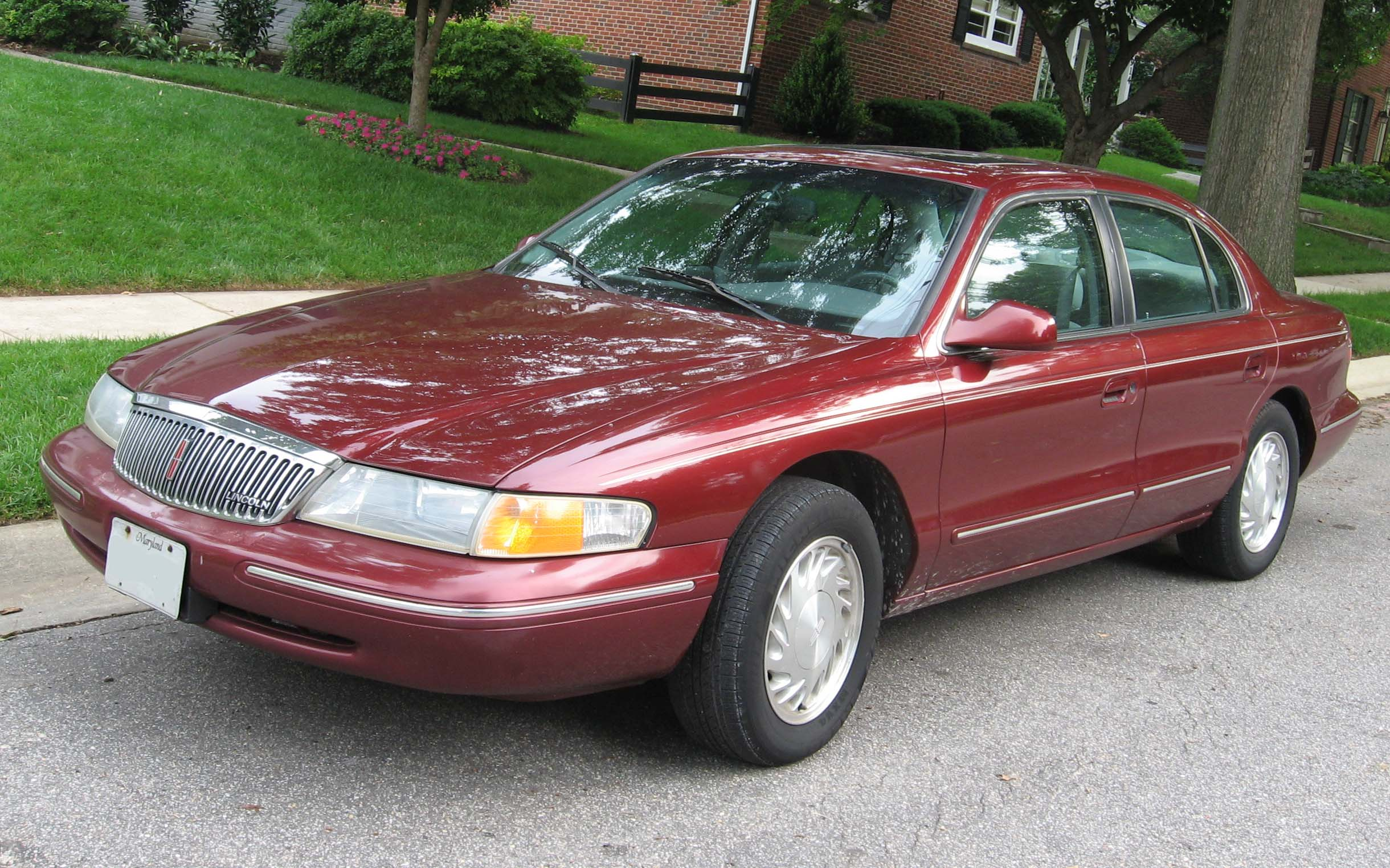 File 1995 1997 Lincoln Continental Jpg Wikimedia Commons