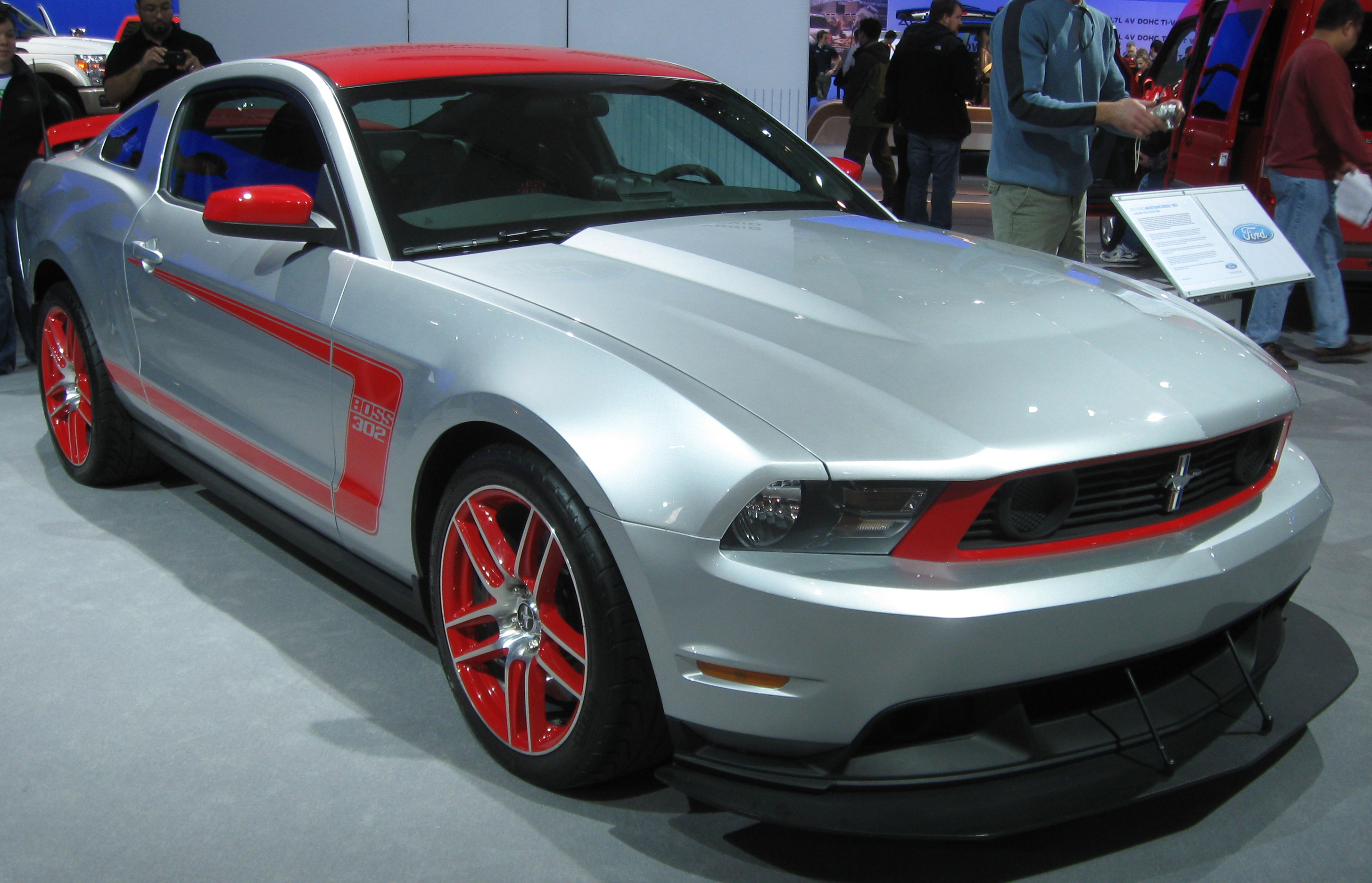 Description 2012 Ford Mustang Laguna Seca -- 2011 DC.jpg