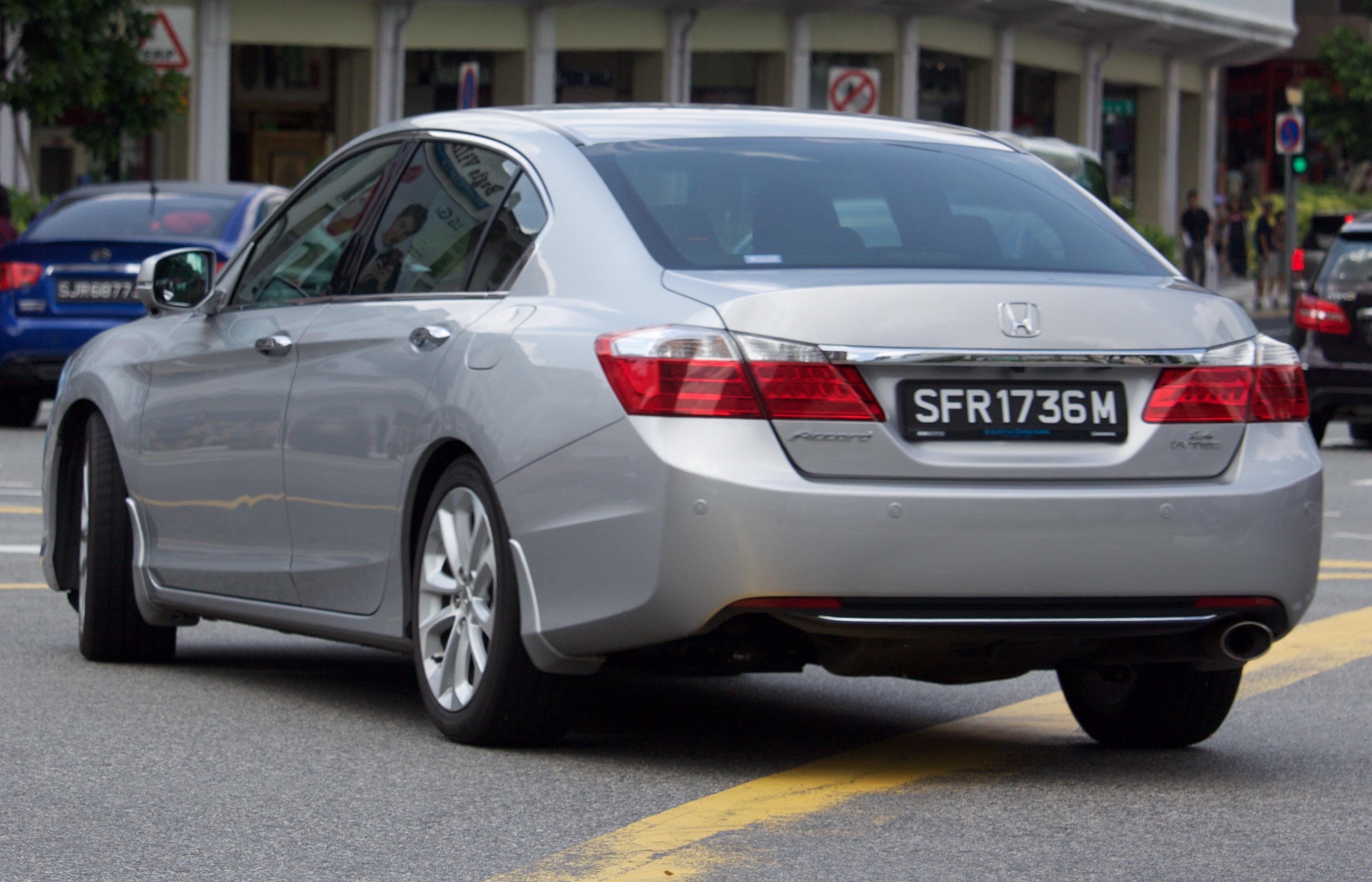 File 2014 Honda Accord 2 4 I Vtec Sedan 2016 01 07 02