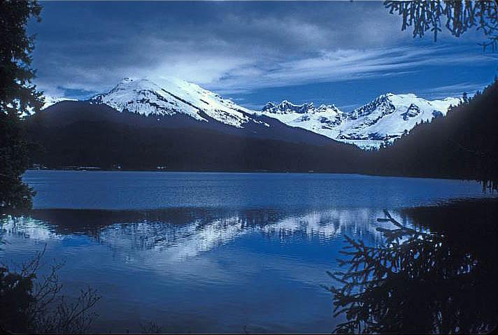 Auke Lake - Wikipedia