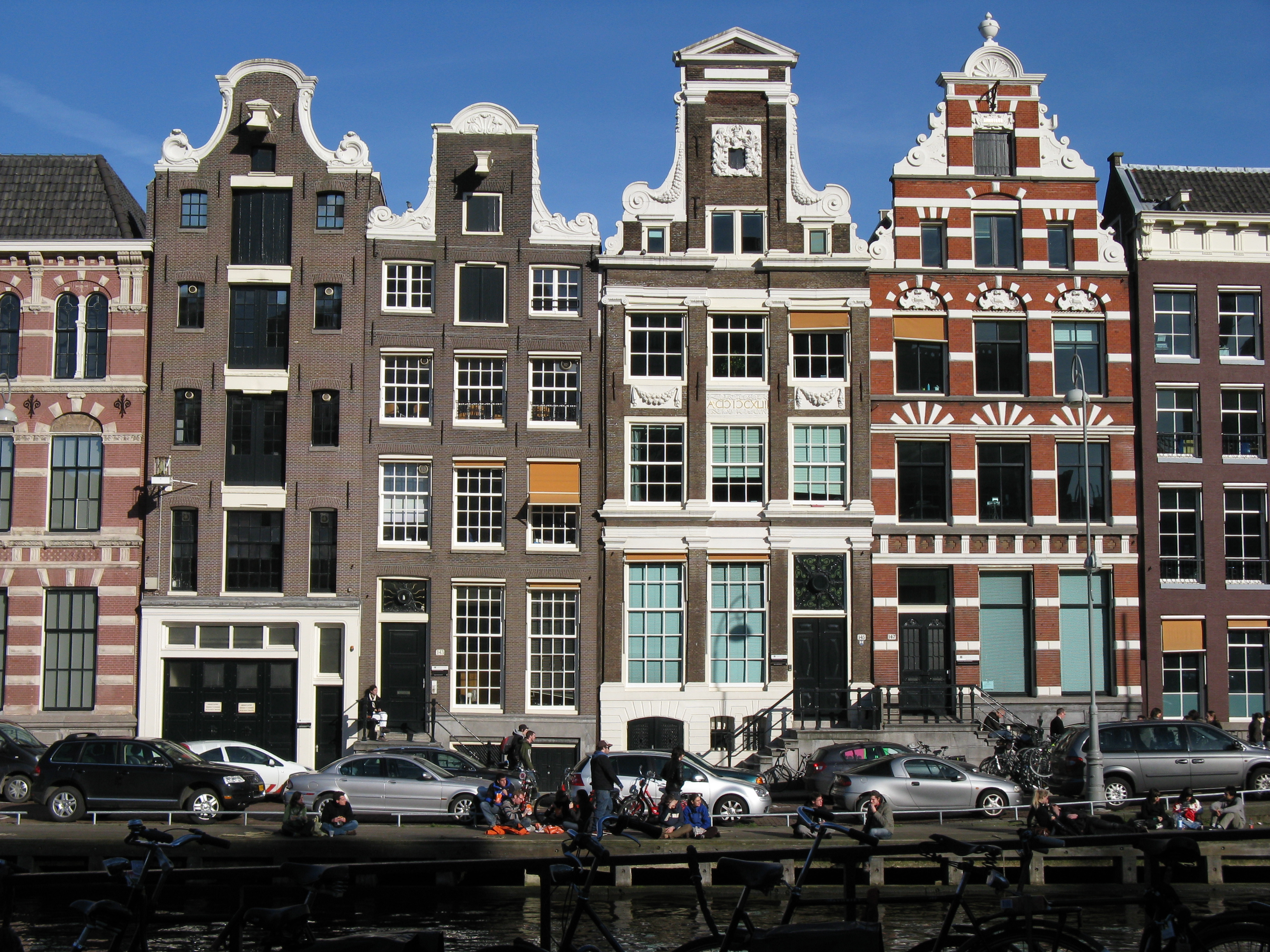 Amsterdam has more to offer for Amsterdam b b centro