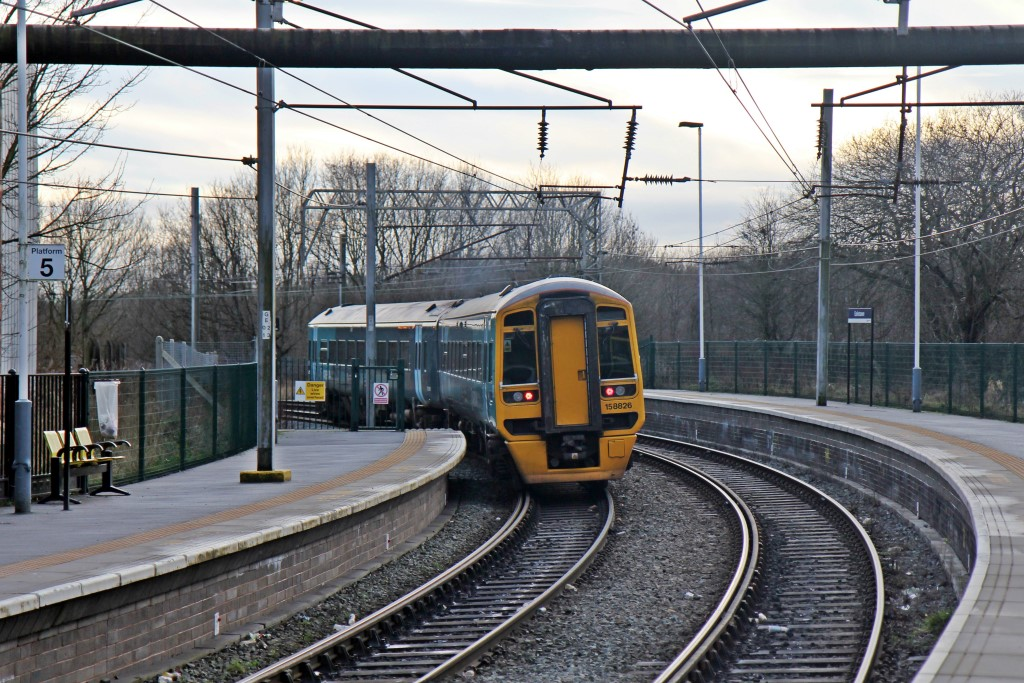 File:Arriva Trains Wales Class 158, 158826, Earlestown ...