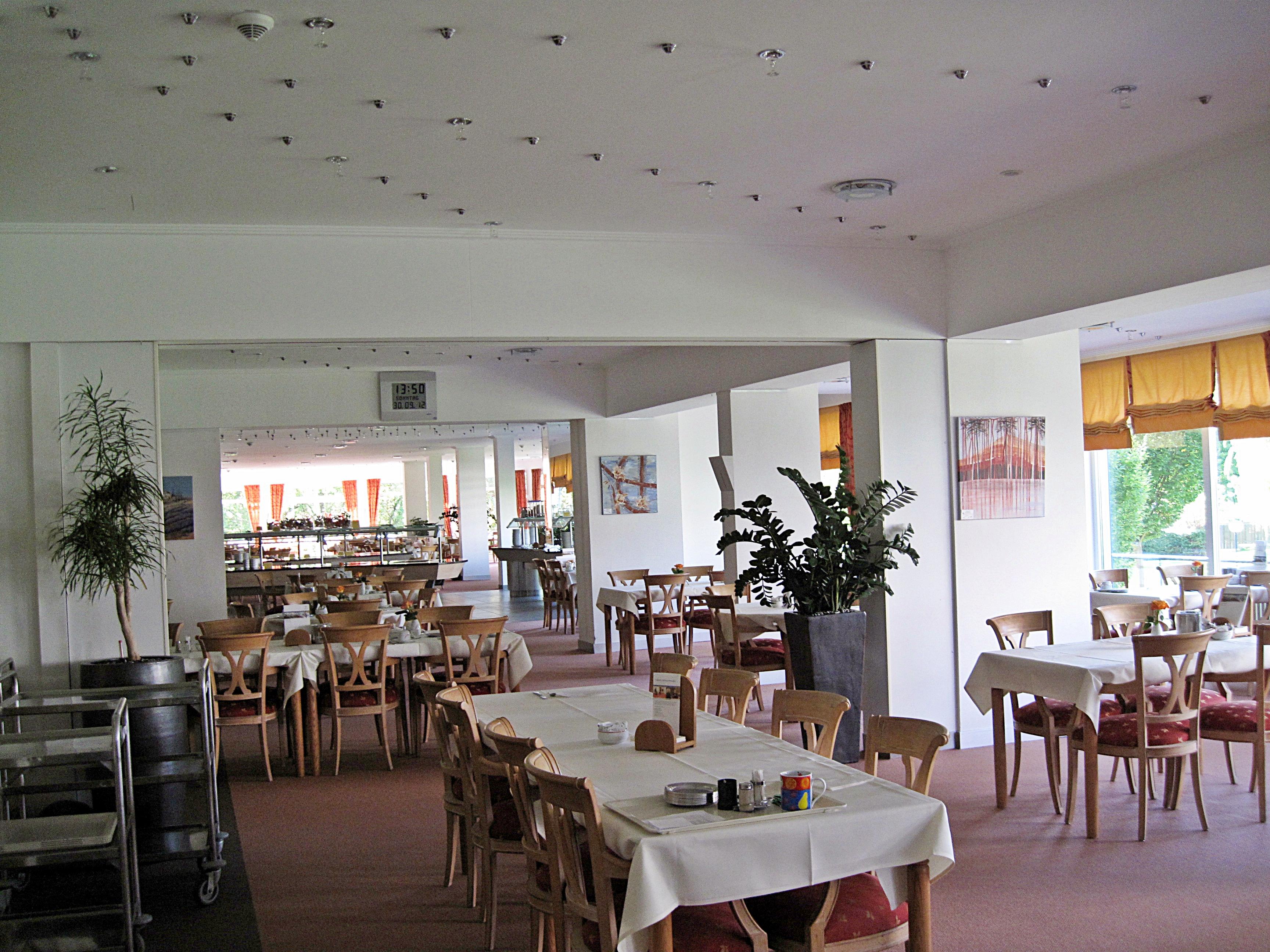 File:Bad Rothenfelde, Schüchtermannklinik, der Speisesaal ...
