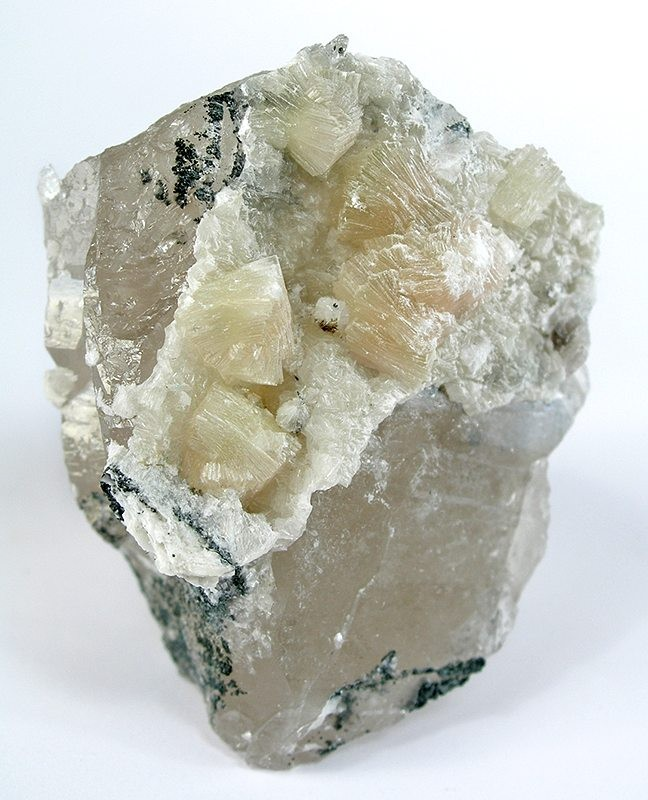 Calcium Silicate Crystal : File bavenite g wikimedia commons