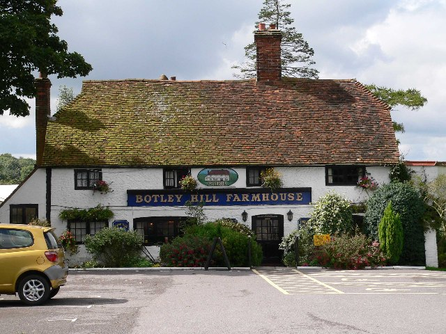 Botley Hill Farmhouse Public House - geograph.org.uk - 47512