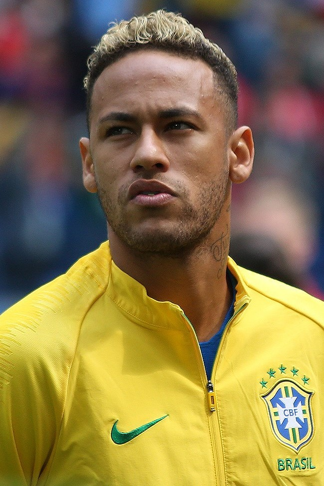 The 29-year old son of father Neymar da Silva Sr. and mother Nadine Santos Neymar in 2021 photo. Neymar earned a 12 million dollar salary - leaving the net worth at 50 million in 2021