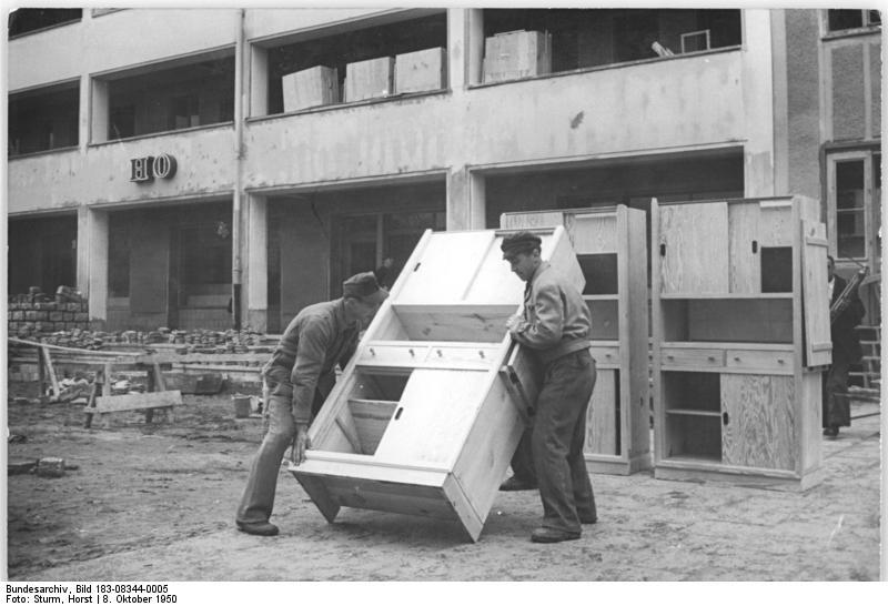 kuchenschranke in berlin : File:Bundesarchiv Bild 183-08344-0005, Berlin, Bau Karl-Marx-Allee ...