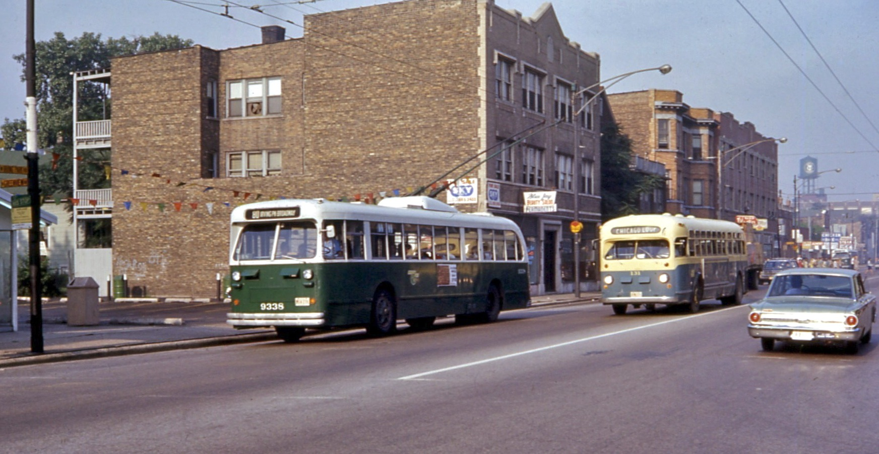 File Cta Pullman Trolley Bus 9338 And Umc Bus 131 Irving