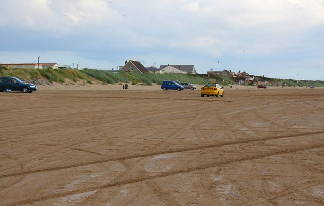 Cars on the beach at Brean Sands - geograph.org.uk - 1531121