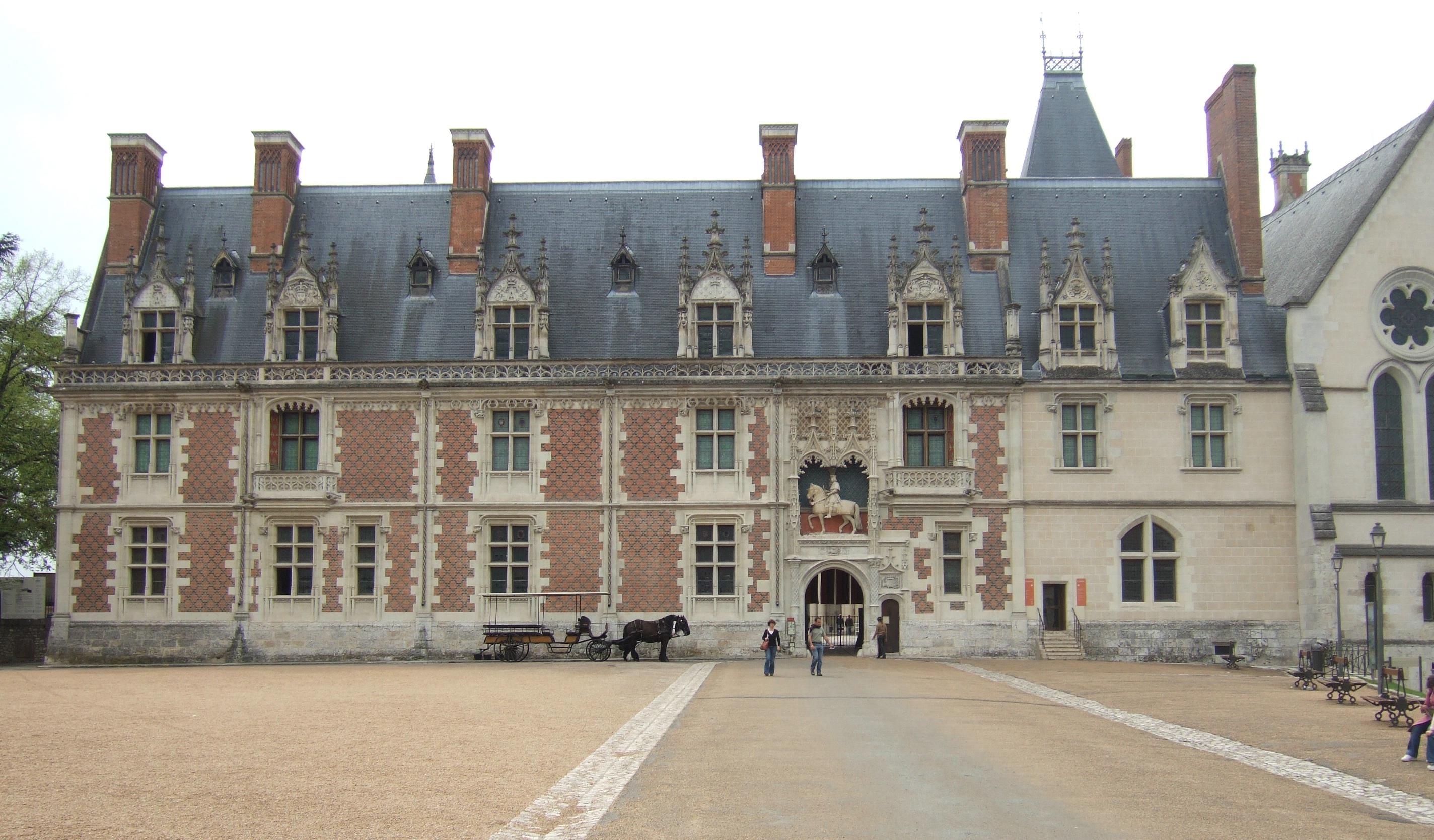 Hotel De Ville Blois