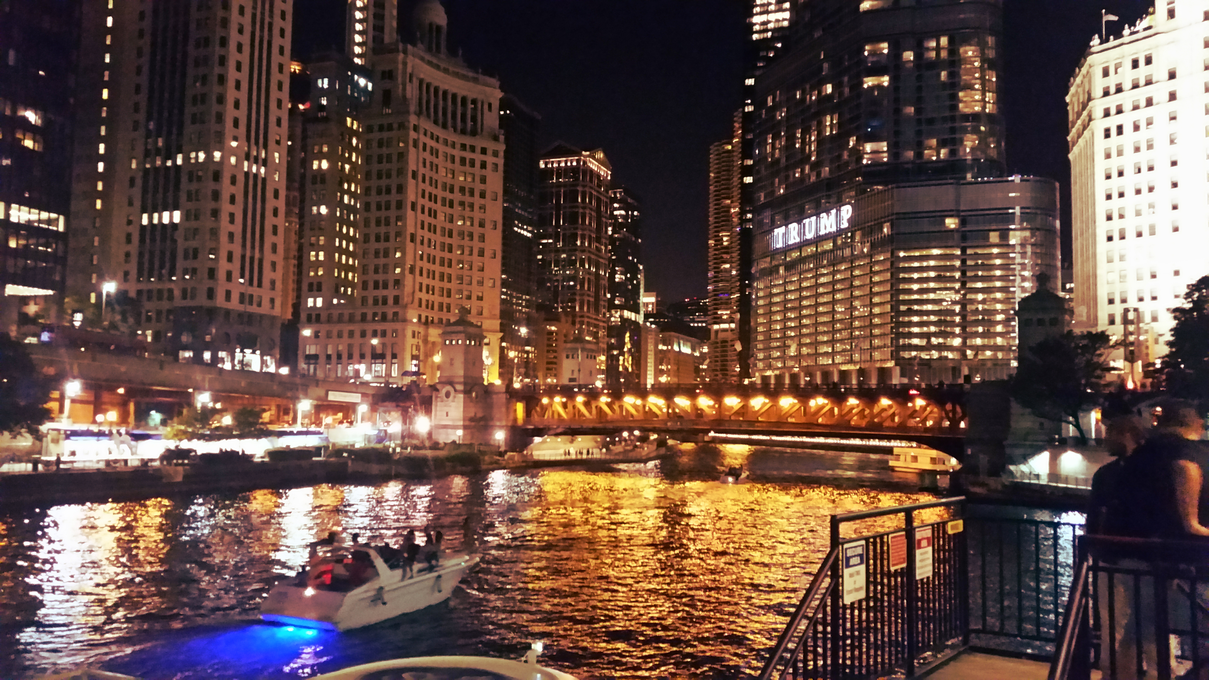 Best Restaurants In Chicago Magnificent Mile
