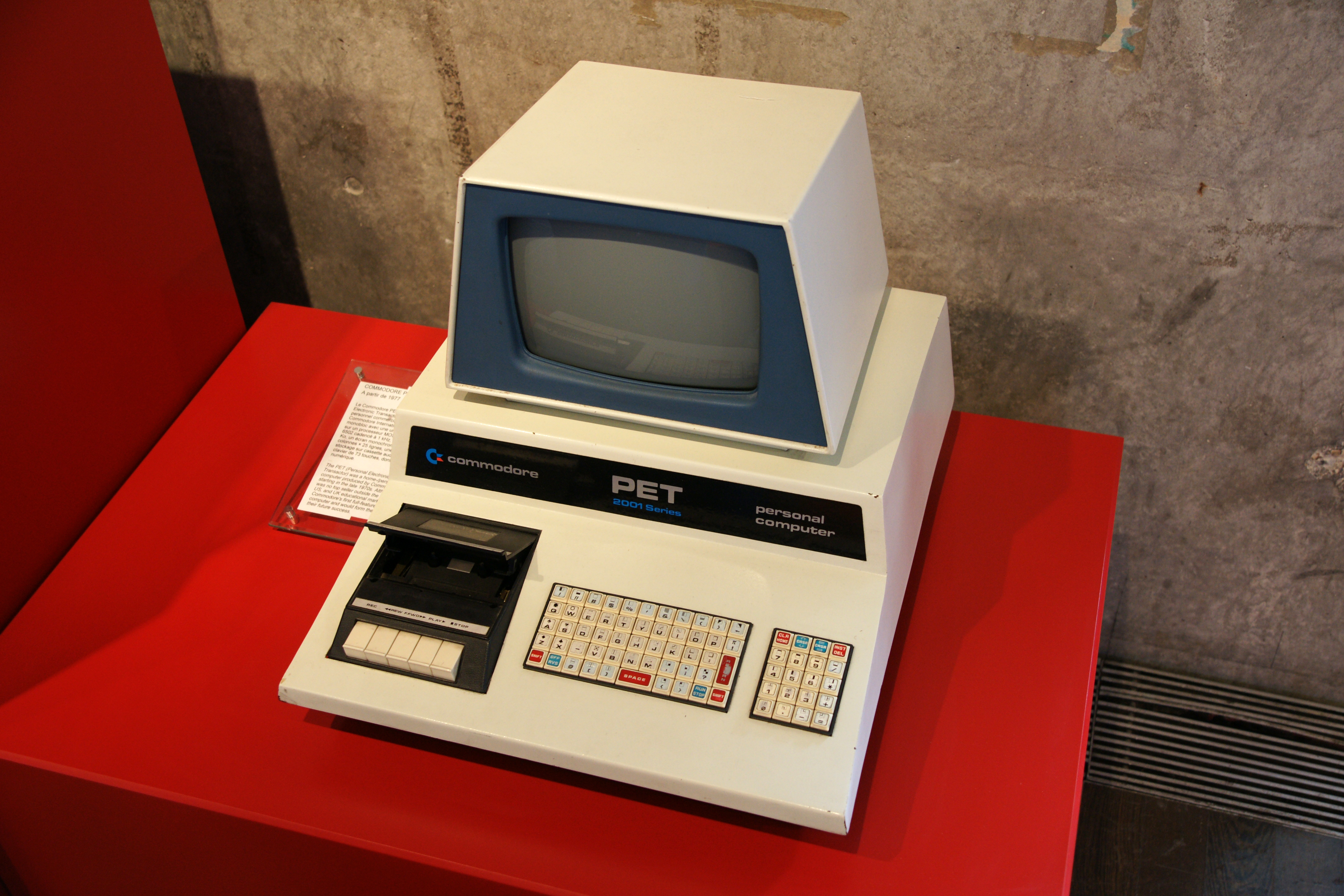 File:Commodore PET 2001.jpg - Wikimedia Commons