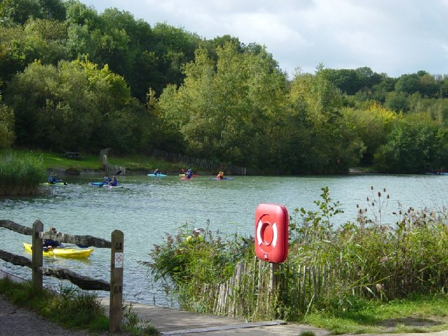 Cripplegate Lake, Southwater Park - geograph.org.uk - 60093