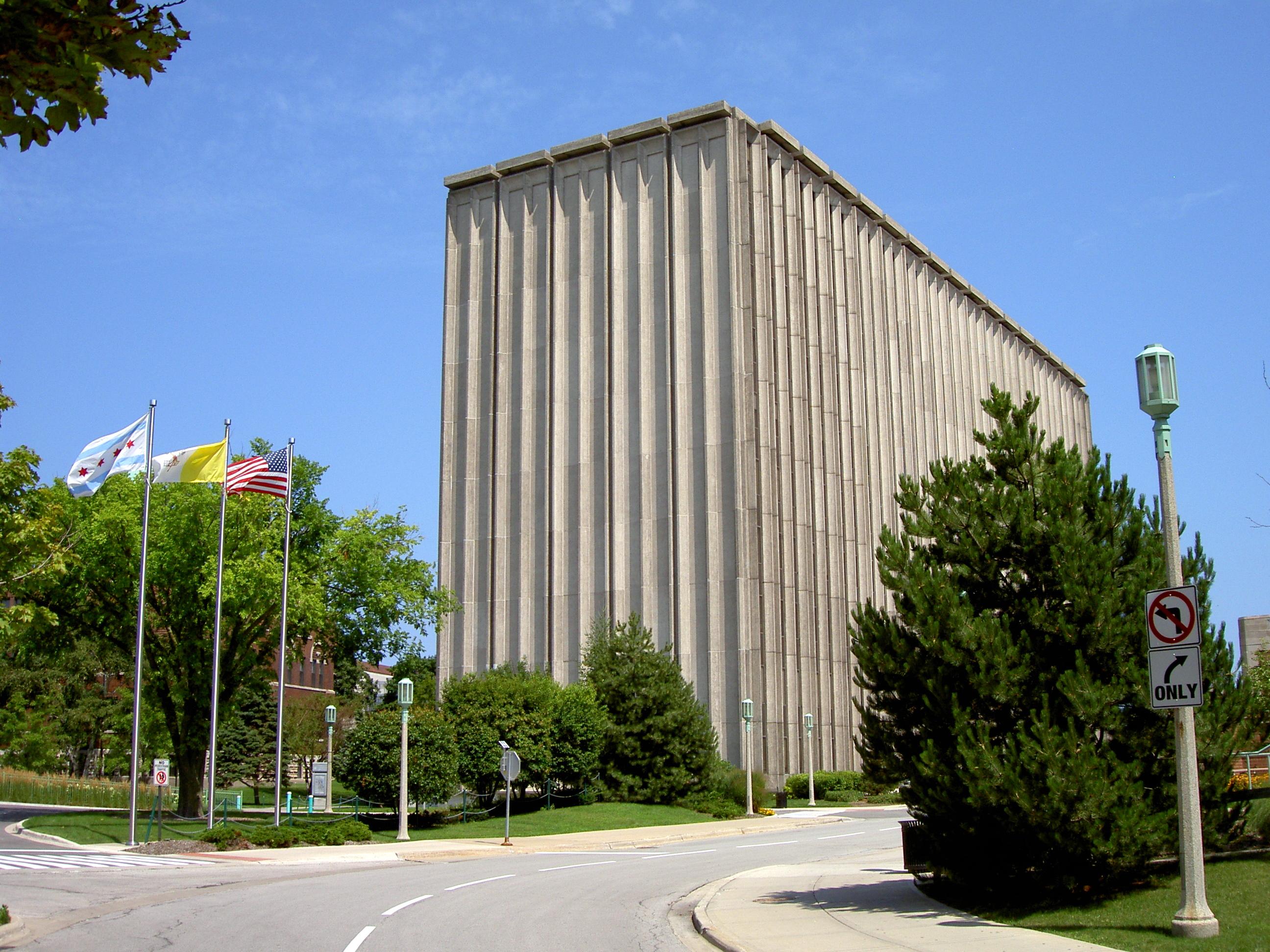 Loyola University Chicago Tours