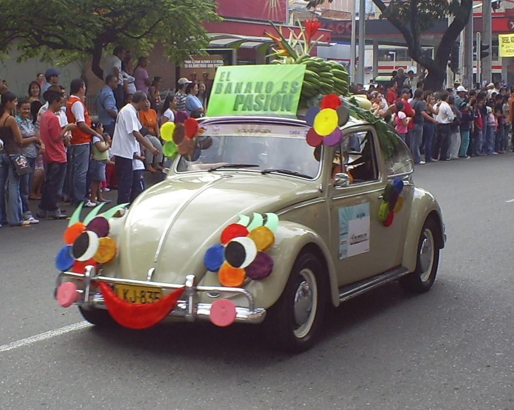 Description Desfile de Autos Clasicos y Antiguos(39).JPG