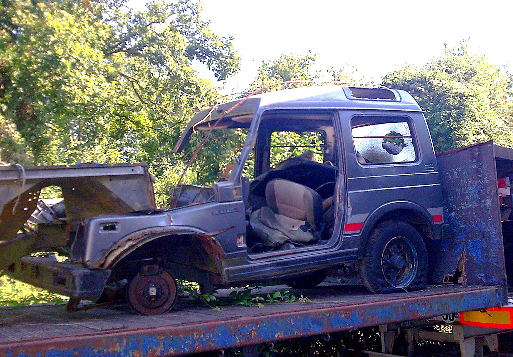 Car Repair Shop >> File:Destroyed Suzuki Samurai.jpg - Wikimedia Commons