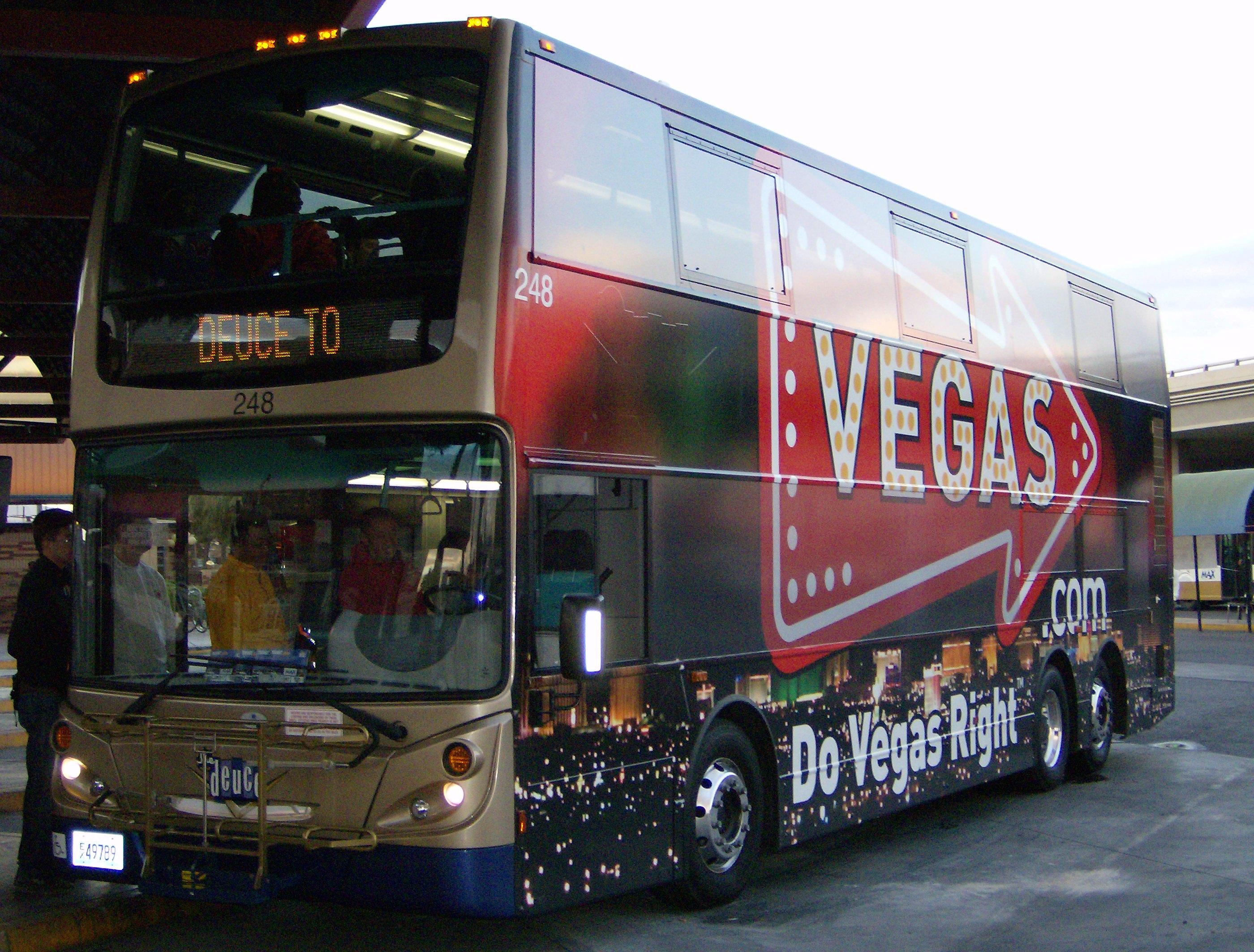 filedeuce bus waiting to load