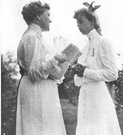 Roosevelt and her future mother-in-law Sara De...