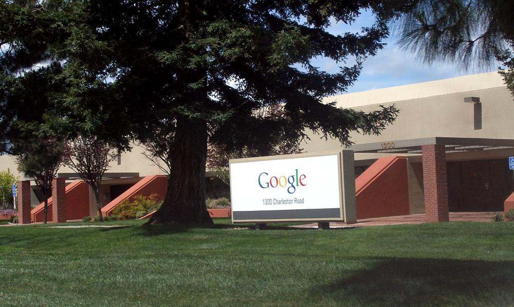 File google 1300 charleston wikimedia commons for Google house builder