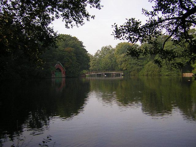 Hartsholme Lake - geograph.org.uk - 48498