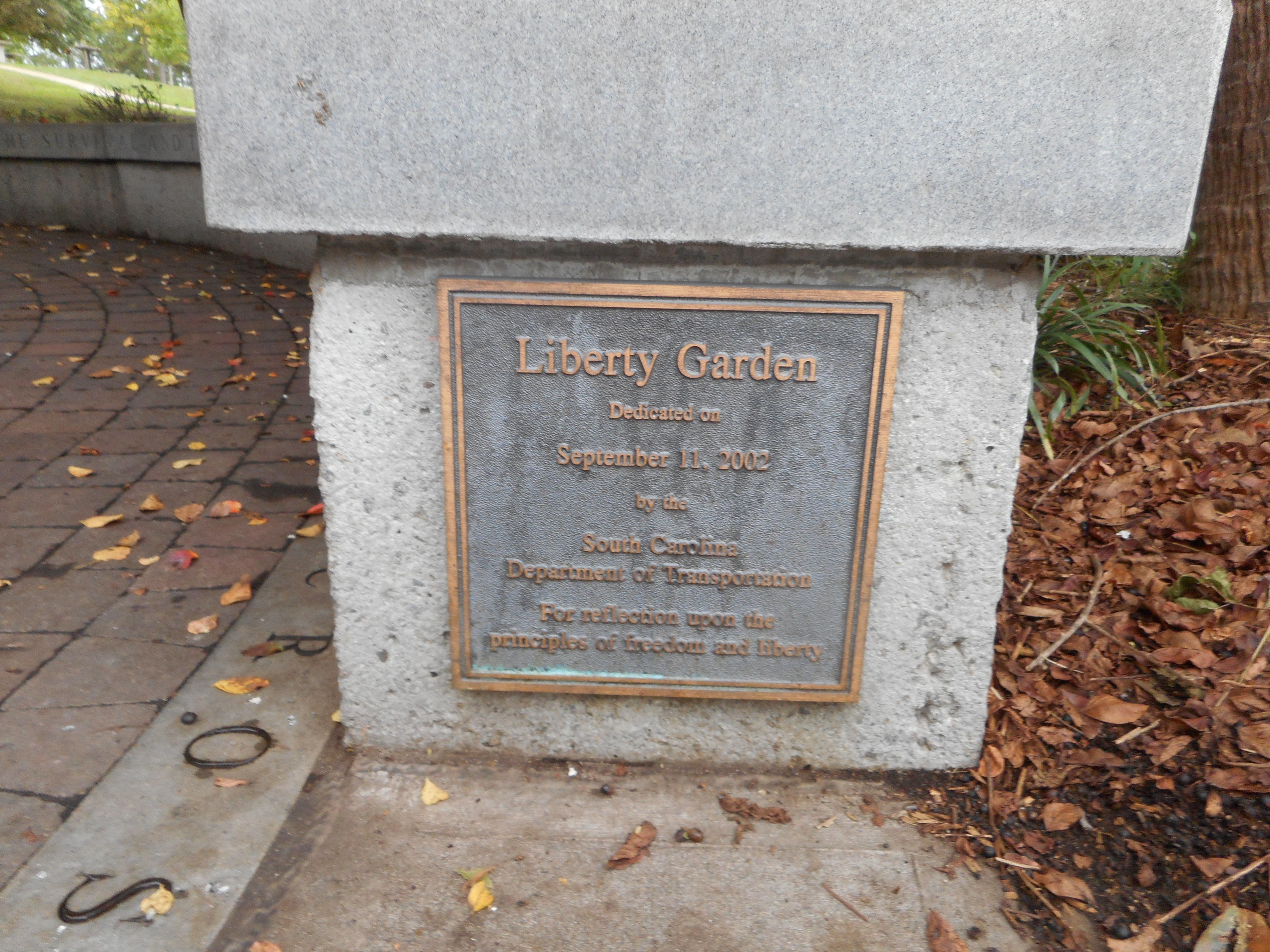 filei 95 santee sc nb rest area liberty garden plaquejpg - Liberty Garden