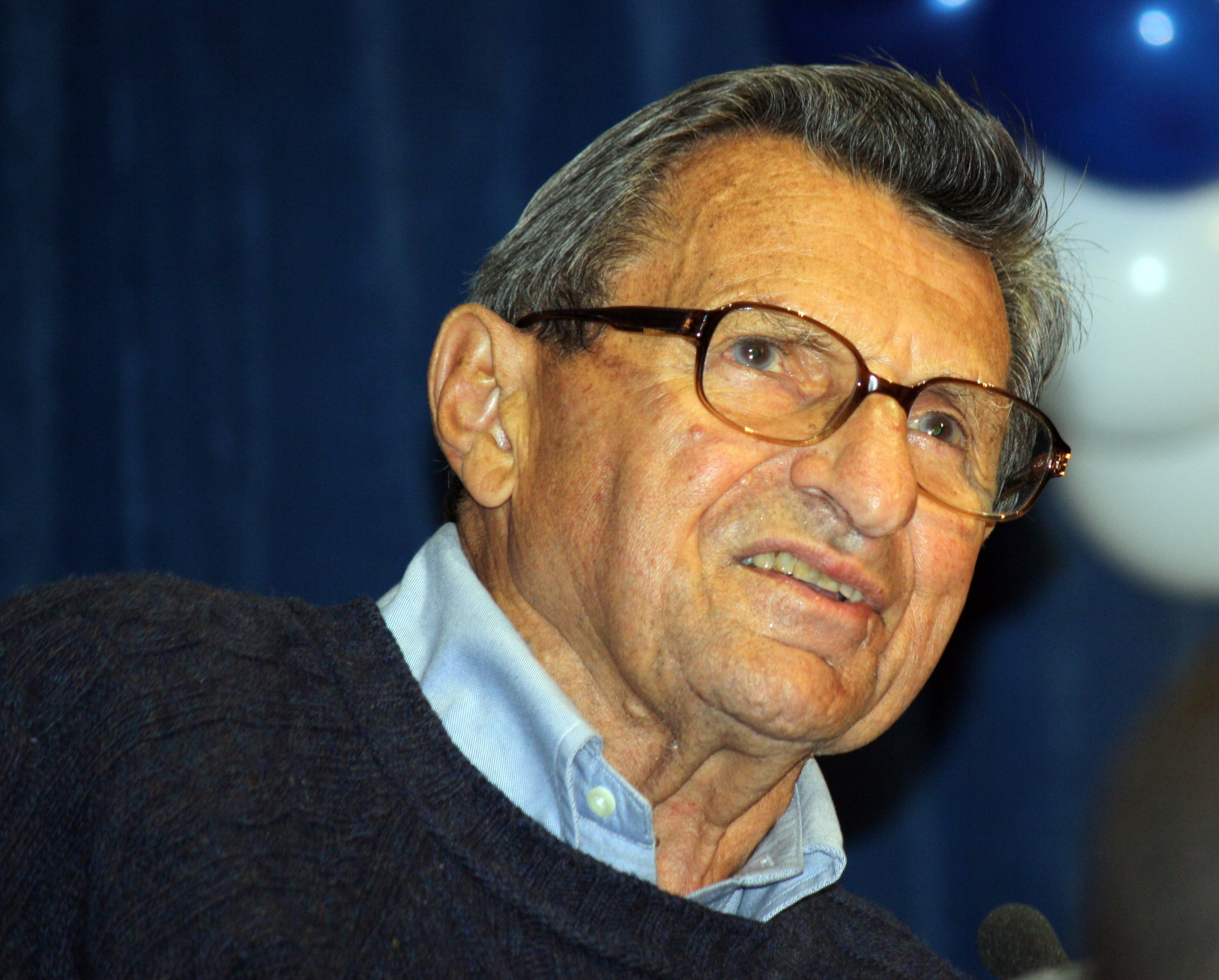 paterno gay personals The report asserts that these emails demonstrate that in 1998 paterno knew of the investigation of sandusky, and followed it closely  the jerry sandusky story.