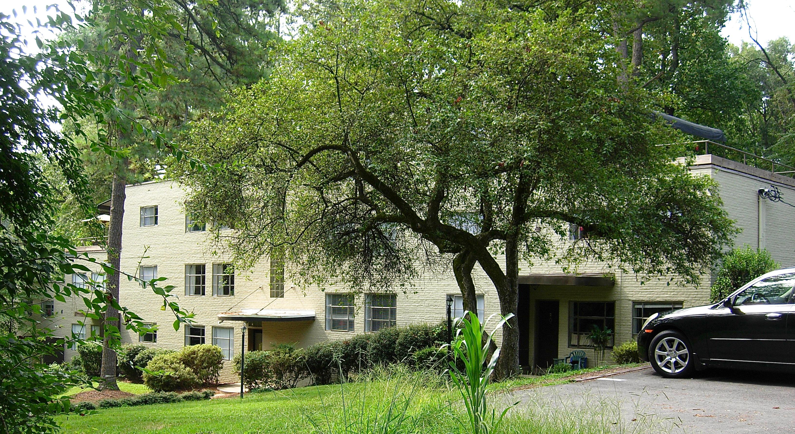 Richmond Village Apartments