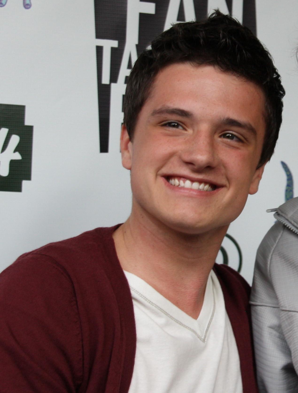 Josh Hutcherson smilin...