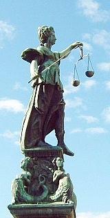 Intrum justitia okar sin vinst 1