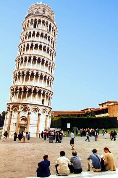башню можно немного выпрямить и стабилизировать