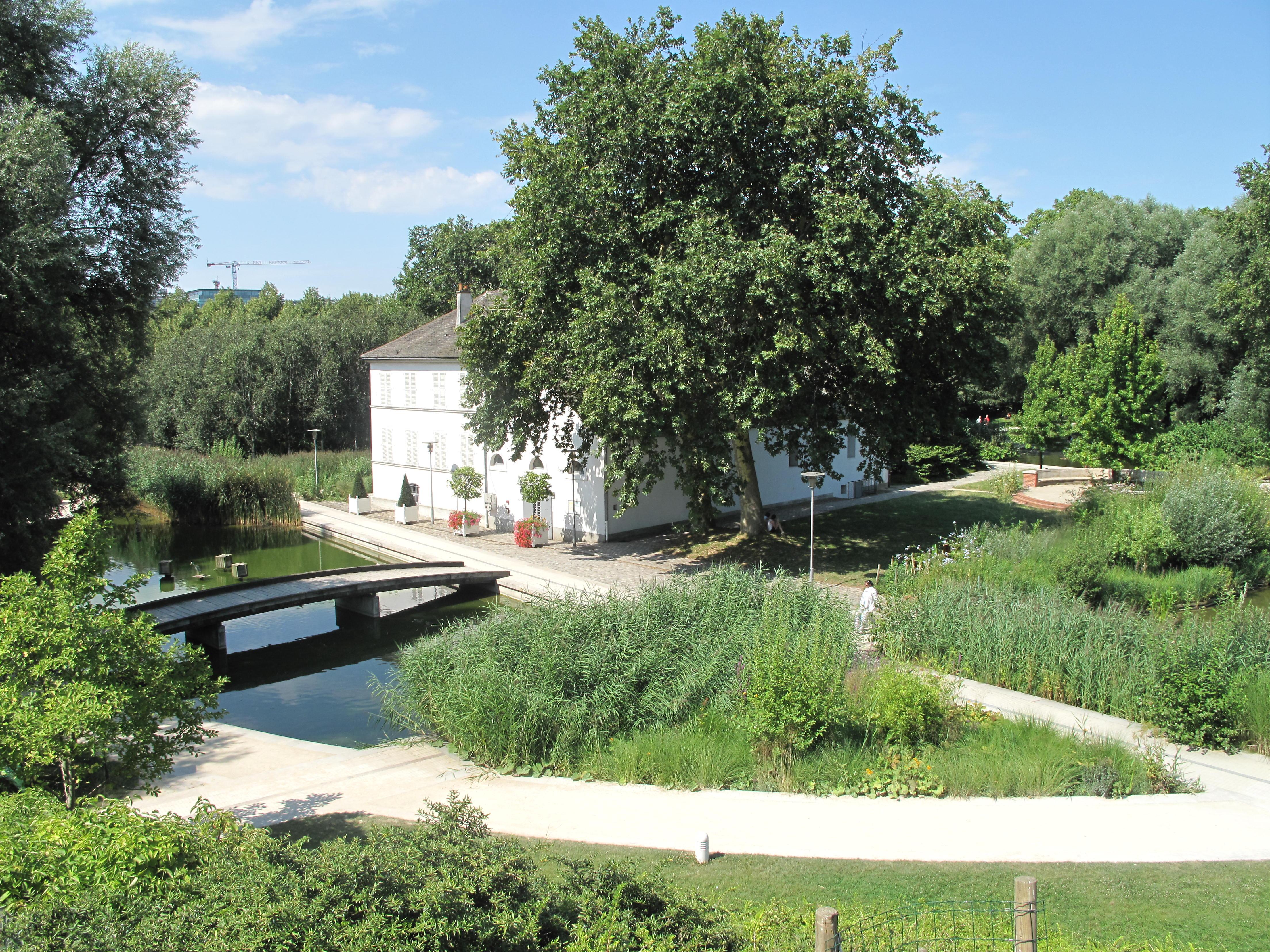 File maison du lac du parc de wikimedia commons for Aavi maison du gps