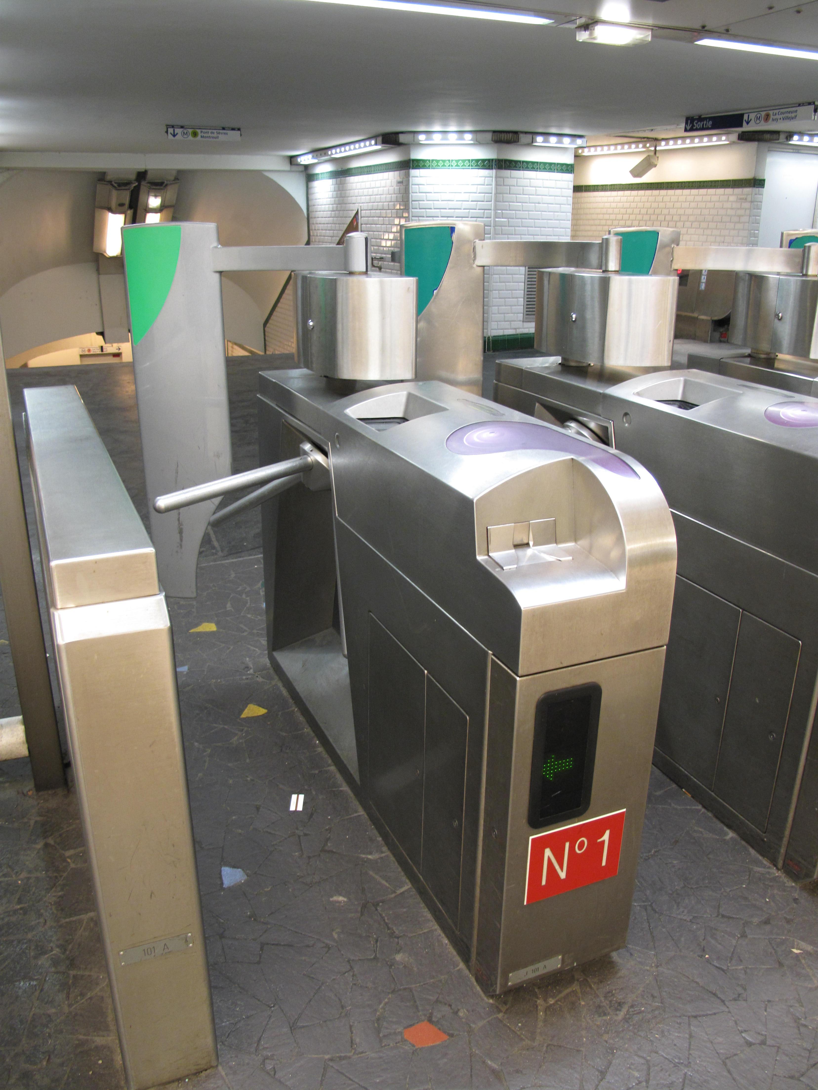 The Paris Metro Subway System Part 3