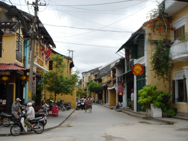 File:Old Town Hoi An 002.JPG
