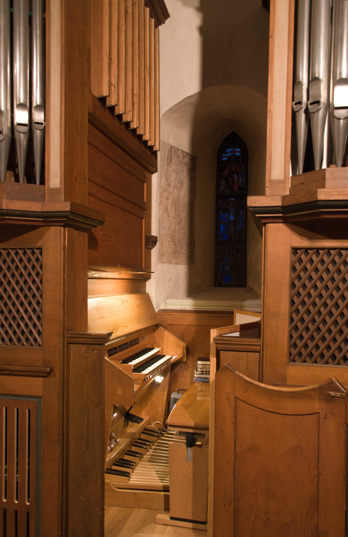 Datei orgel von st oswald weilimdorf spieltisch und for Fenster wiki