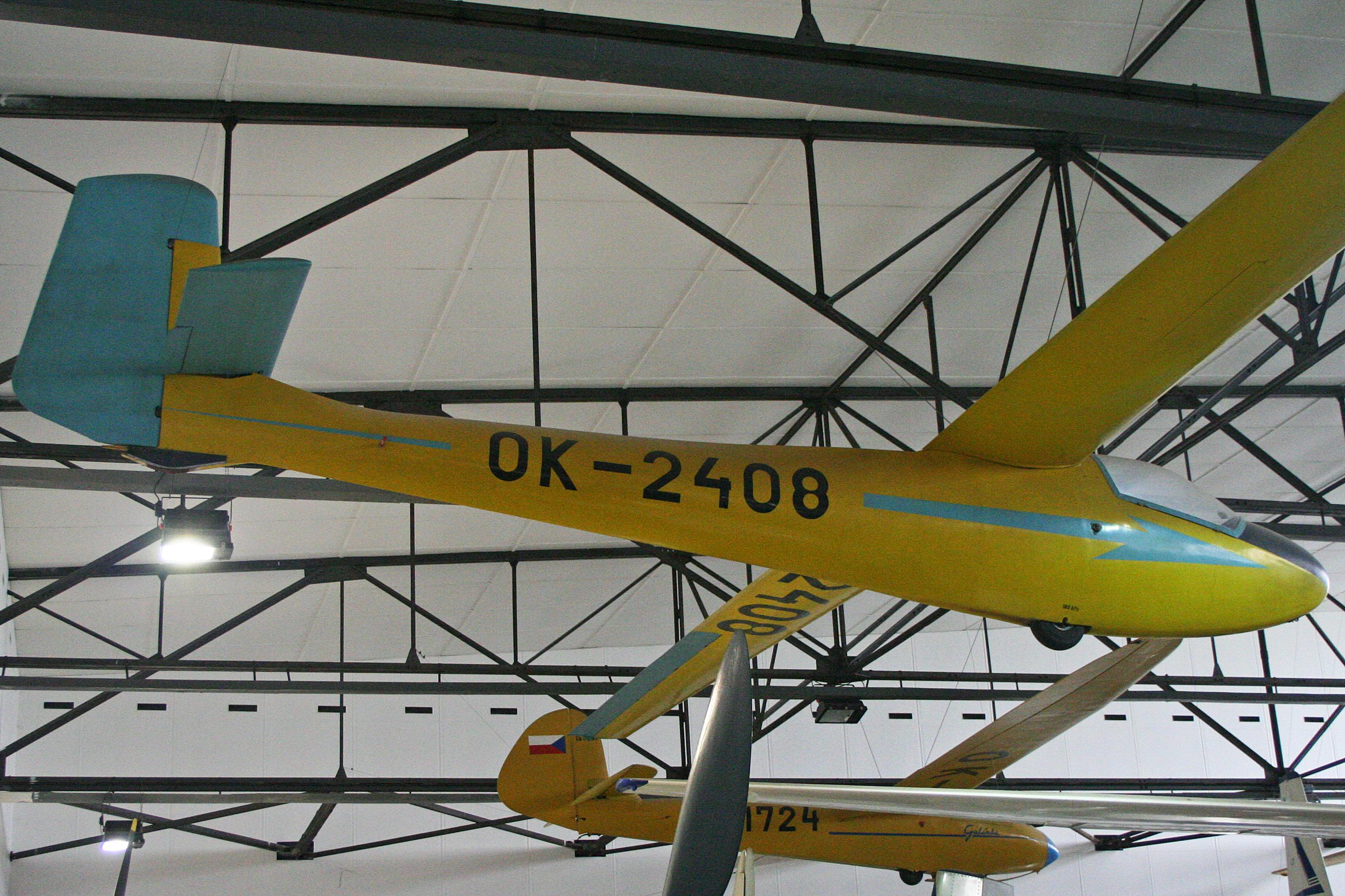 File:Orlican VT-16 Orlik 1 OK-2408 (8255251749).jpg