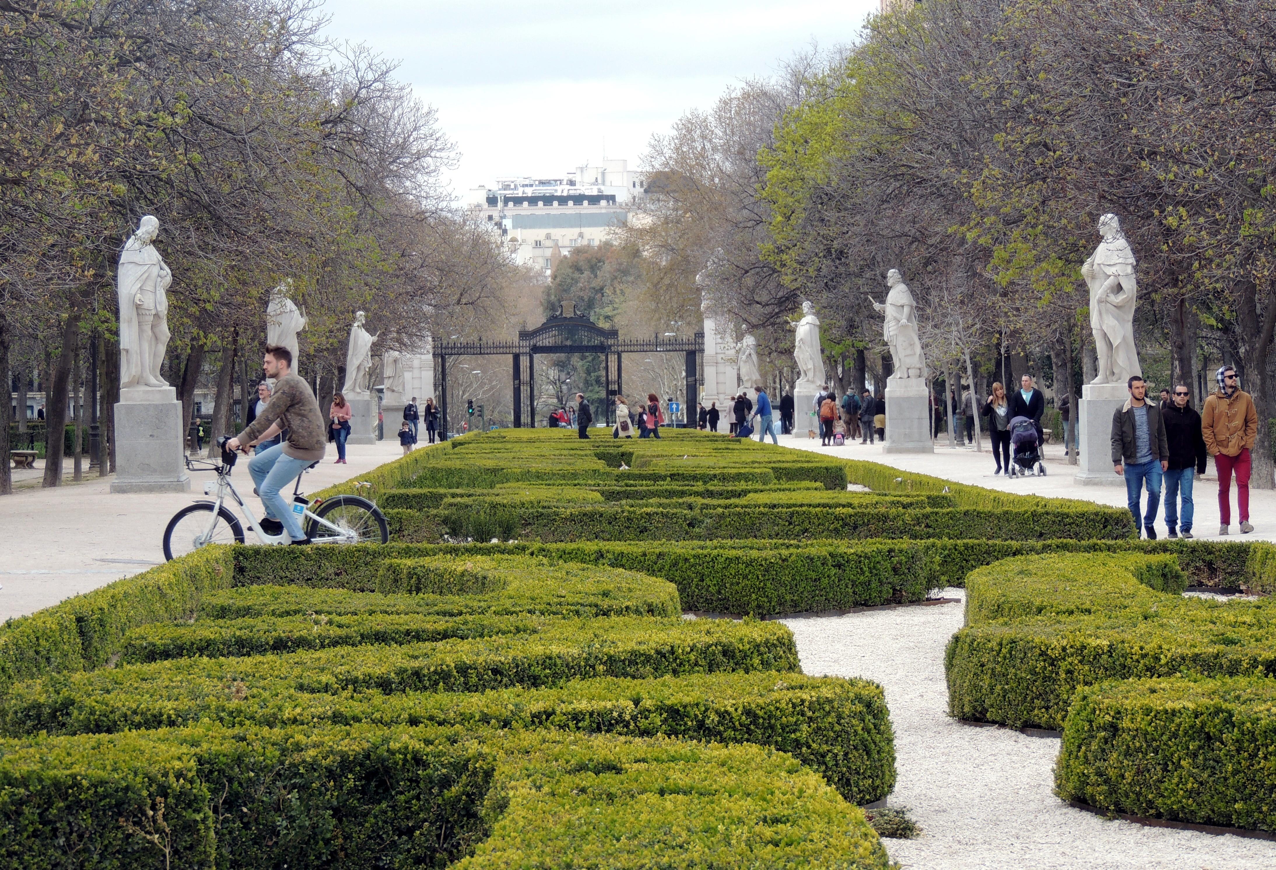 File Parque Del Retiro Madrid 26238322812 Jpg