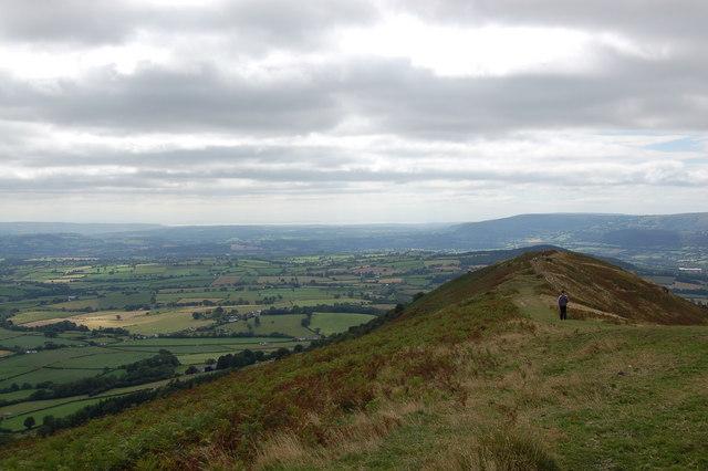 Path descending the ridge of Skirrid Fawr - geograph.org.uk - 767372
