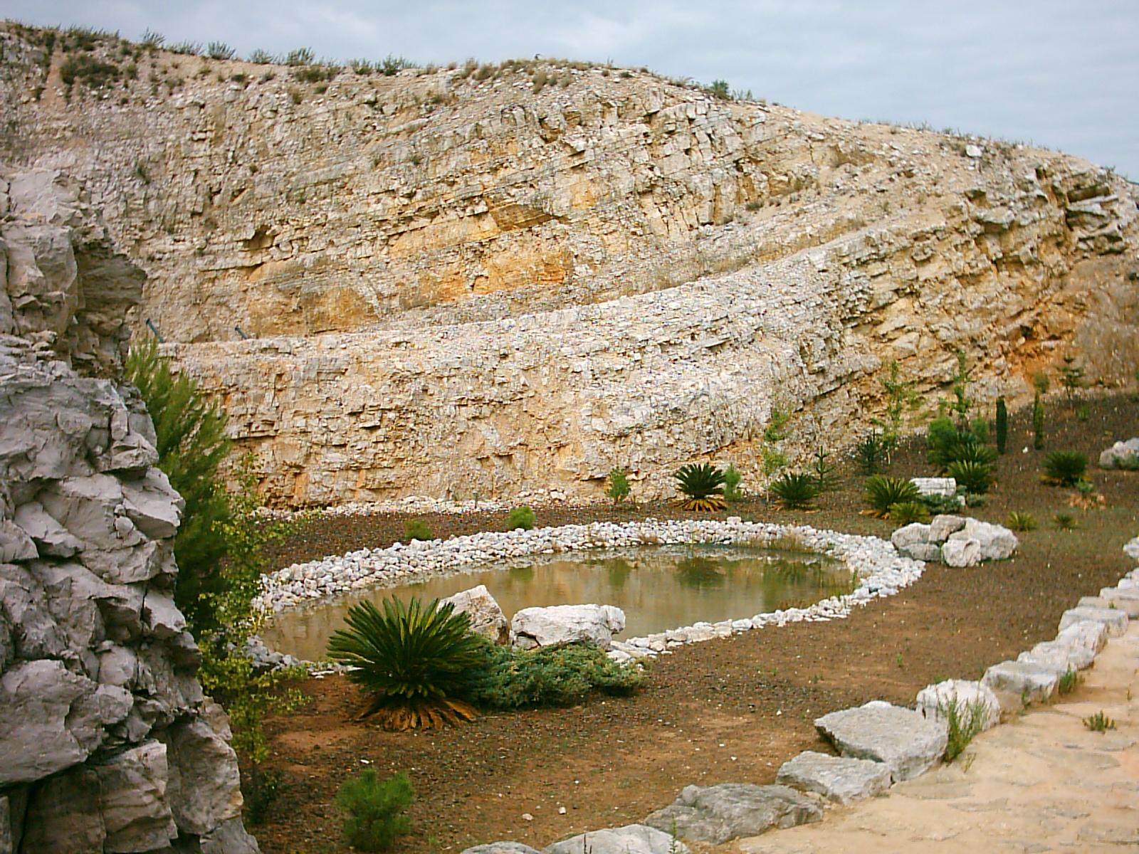 Pegadas de Dinossauro em OurémTorres Novas on emaze
