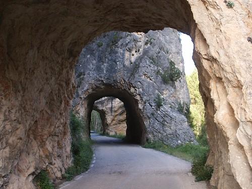 File puerta de el wikimedia commons - Casas rurales nacimiento rio cuervo ...
