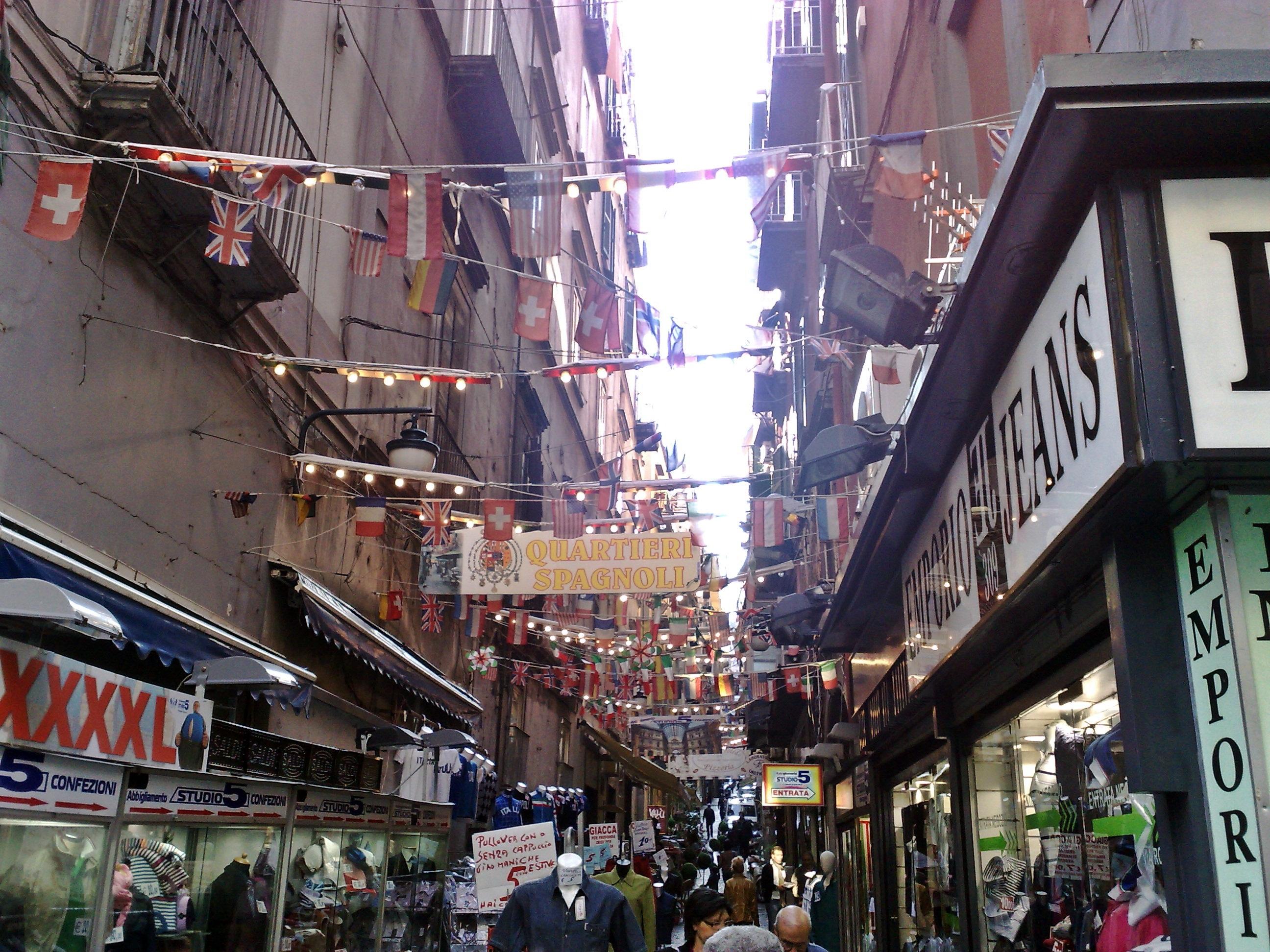 Quartieri Spagnoli Wikipedia