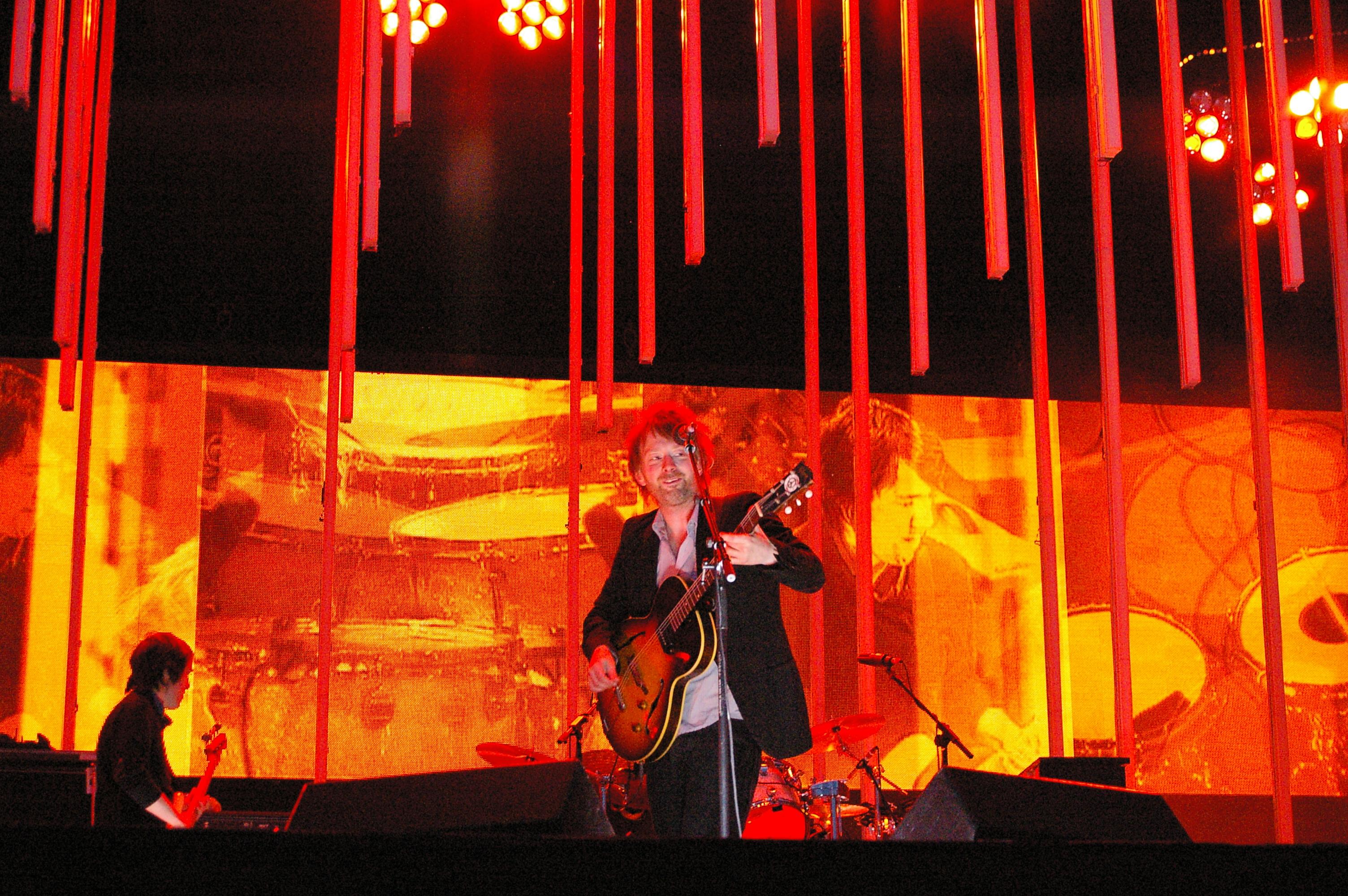Radiohead en el Main Square Festival de Arrás (Francia) en 2008.