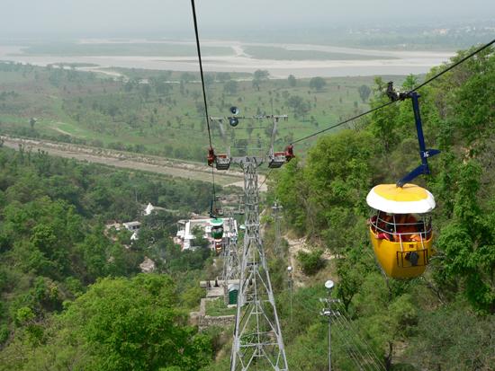 File:Ropeway to Chandi Devi Temple, Haridwar.jpg