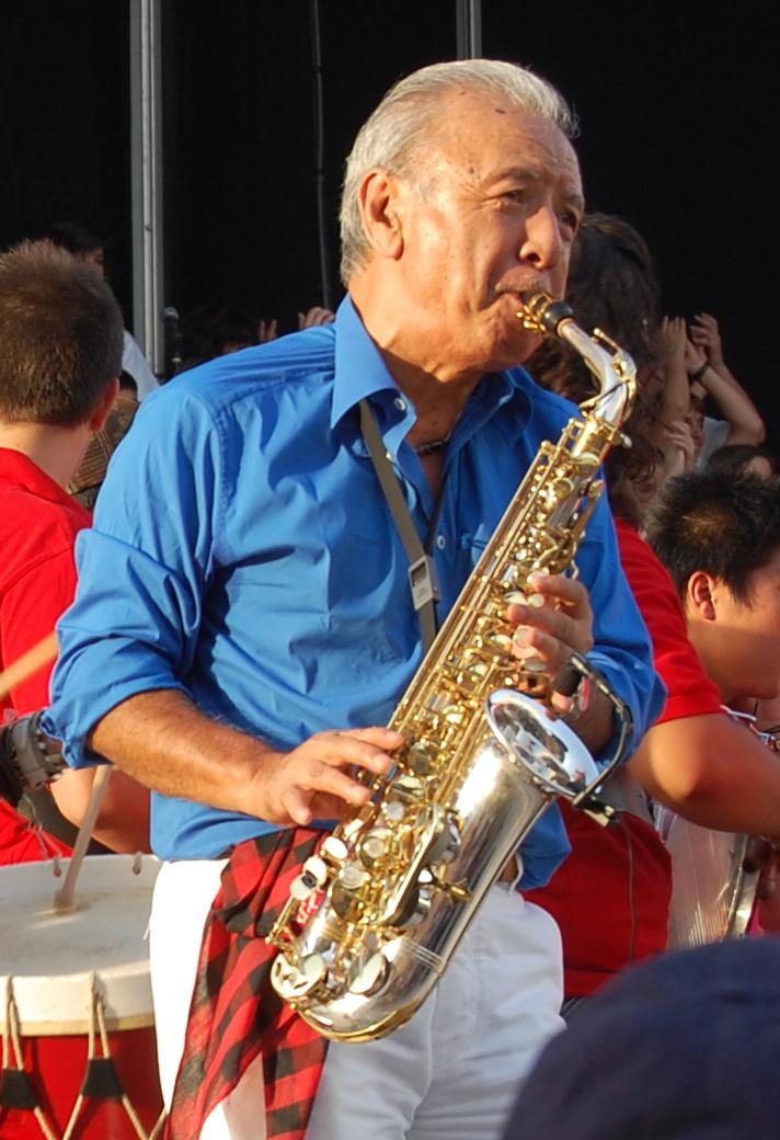 渡辺貞夫 - Wikipedia