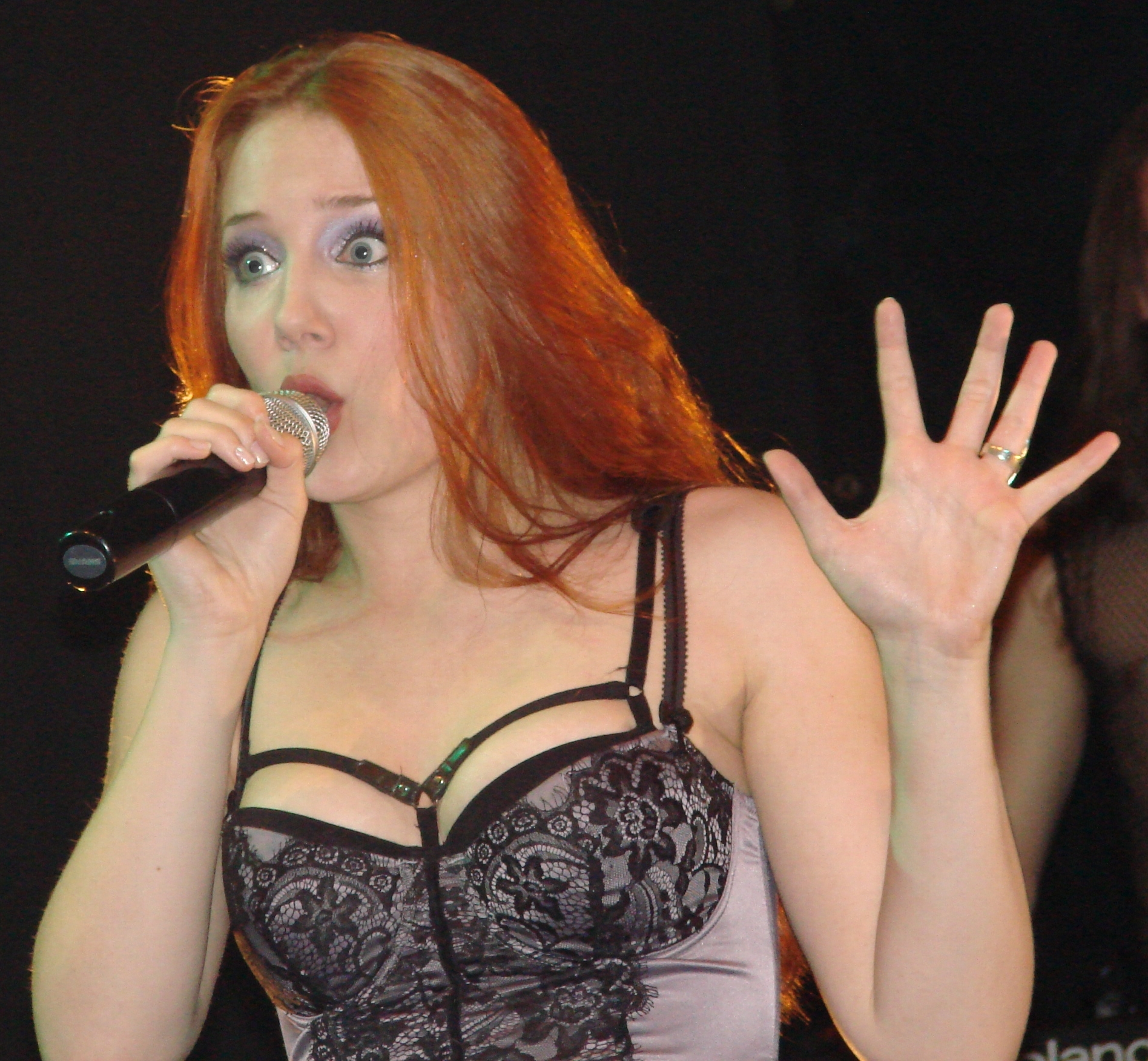 simone simons ladies sexy - photo #36