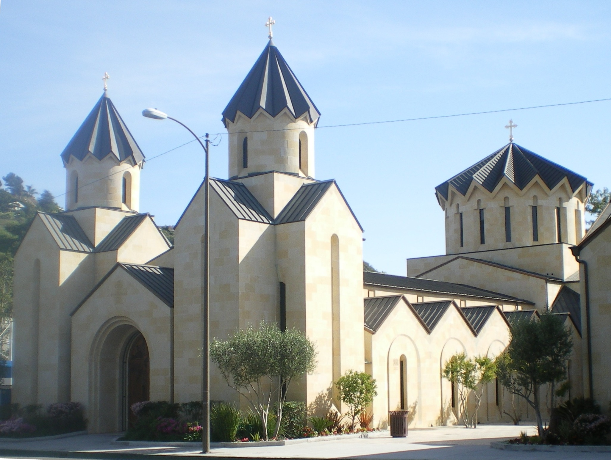 http://upload.wikimedia.org/wikipedia/commons/8/83/St._Gregory_Armenian_Catholic_Church,_Glendale,_California.JPG