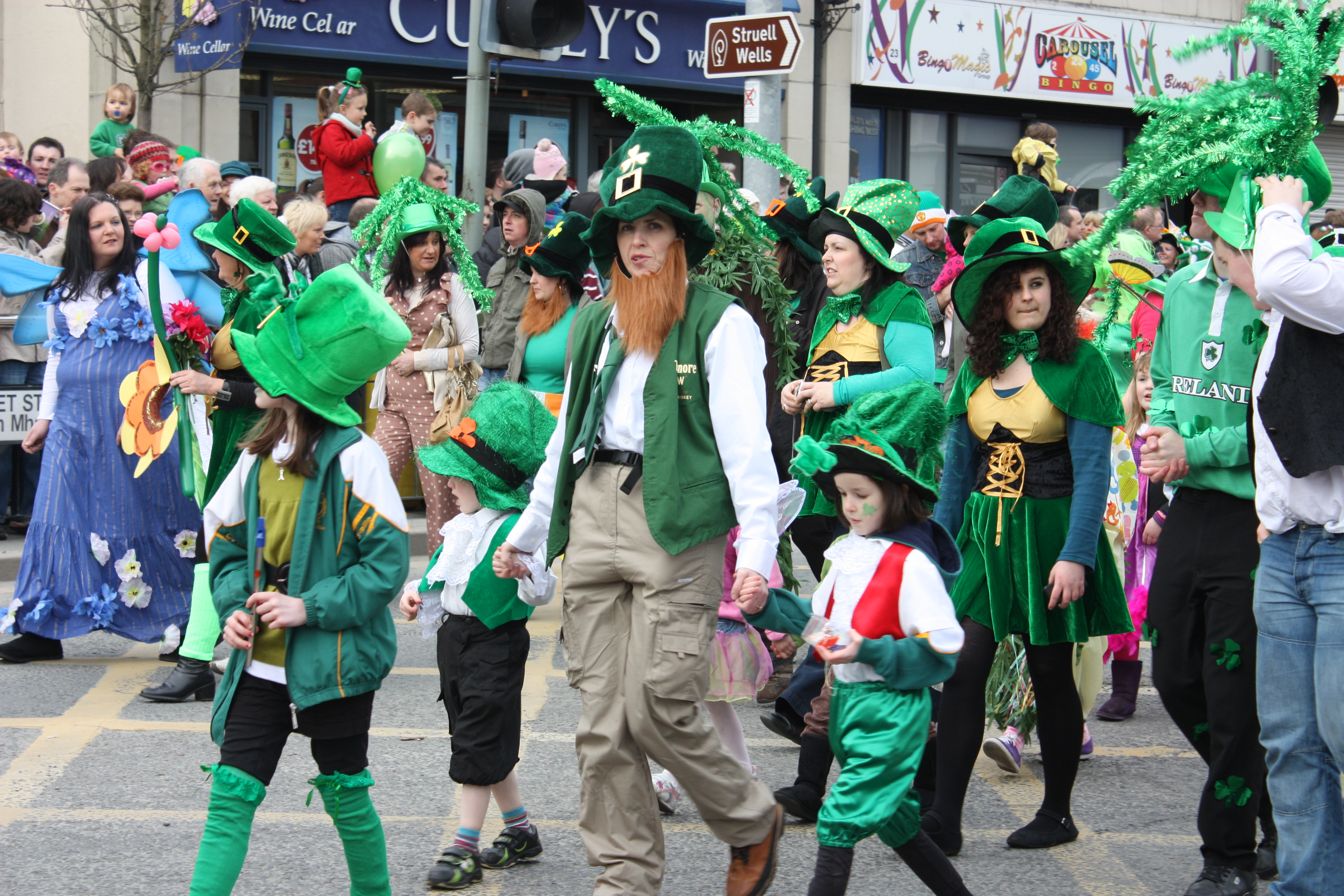 FileSt Patricks Day Downpatrick March 2011 045JPG