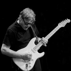 Steve Miller (musician) American guitarist and singer-songwriter
